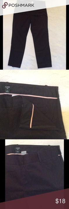 """JCrew black Capri pant. JCrew black cotton Capri pant with side zipper, with belt loops. Inseam  26 """" City fit. J Crew Pants Capris"""