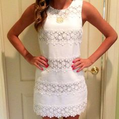 Lace Pure Color O-neck Sleeveless Short Dress