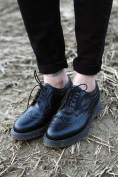 Go Black with this Black Brogues