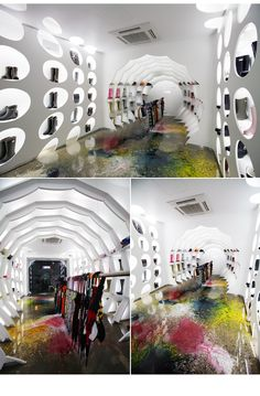 """""""IN THE RAIN"""" Showroom in Seoul"""