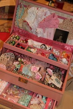 Useful storage using vintage jewerly boxes. These are so fabulous to collect and show around the house! Craft Room Storage, Craft Organization, Craft Rooms, Storage Ideas, Jewellery Storage, Jewellery Display, Jewellery Boxes, Jewelry Box, Jewelry Making