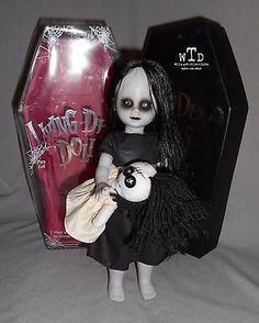 morts vivants série de poupées 8 * THE LOST * robe noire poupée blanche