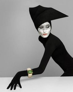 °hat by Serge Lutens -france -@ChansLau