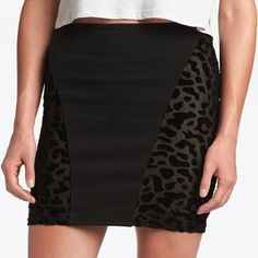 Sexy black pencil skirt leopard print velvet short Adorable pencil skirt with velvety leopard print and back zipper. Nwt! Ships immediately (originally bought at nordstrom) MINKPINK Skirts Pencil