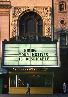 Marquees, Jenny Holzer, 1993.