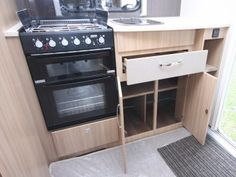Coachman Vision 380 - Practical Caravan Camping Trailer For Sale, Window Fitting, Caravans For Sale, Small Campers, Flush Toilet, Front Windows, Roof Light, Small Shelves, Work Surface