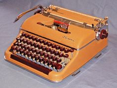Olympia SM3 Deluxe typewriter gorgeous but needing some TLC #Olympia