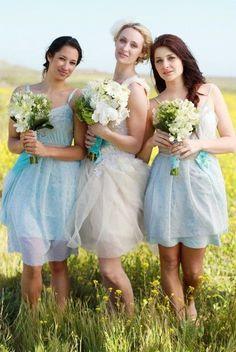 Sky-blue wedding