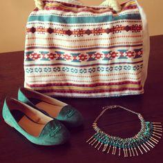 Detalles del look de ayer... #ideassoneventos  #ideassoneventos #imagenpersonal #imagen #moda #ropa #looks #vestir #detalles #details #fashion #outfit #tendencias #fashionblogger #outfitofday