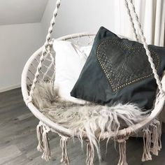 -I N T E R I O R - new hammock with canvas and leather heart pillow.proud mytutti. Chill Room, Heart Pillow, Delft, Kidsroom, Creative Home, Hanging Chair, Sweet Home, Pillows, Leather