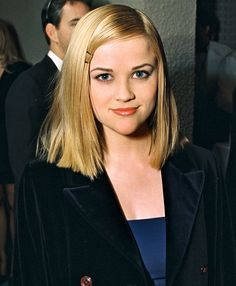 Reese Witherspoon Shares Incredible Teen People Throwback Photo from 20 Years Ago Brunette Actresses, Black Actresses, Young Actresses, Young Actors, Female Actresses, Reese Witherspoon Young, Teen Celebrities, Celebs, Hispanic Actresses