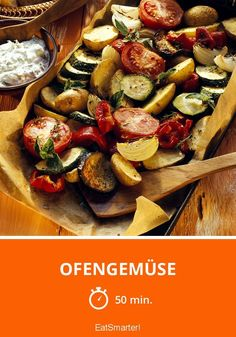 Mediterranean oven-cooked vegetables with herb Mediterranes Ofengemüse mit Kräuterquark Oven vegetables – smarter – time: 50 min. Veggie Recipes, Paleo Recipes, Healthy Dinner Recipes, Low Carb Recipes, Paleo Food, Grilling Recipes, Oven Vegetables, Clean Eating Dinner, Keto Dinner