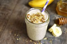 These clean eating smoothie recipes use whole, natural foods, and unrefined ingr. These clean eating smoothie recipes use whole, natural foods, and unrefined ingredients. Fruit Smoothies, Smoothie Proteine, Banana Protein Smoothie, Smoothie Recipes With Yogurt, Smoothie Recipes For Kids, Protein Smoothie Recipes, Breakfast Smoothie Recipes, Whey Protein, Protein Shakes