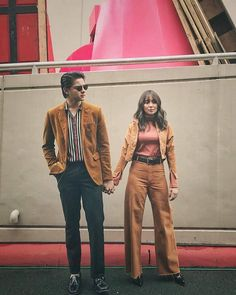 Couple Outfits, Boy Outfits, Casual Outfits, Fashion Outfits, Mens Fashion, Prenup Outfit, Kathryn Bernardo Outfits, Couple Photoshoot Poses, Daniel Padilla