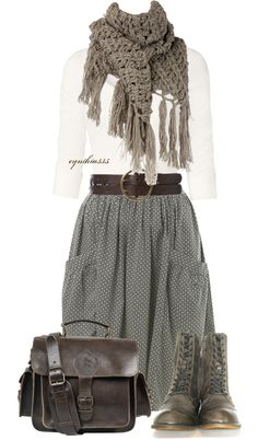 Falda amplia a lunares con bolsillos