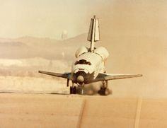 November 5, 1995: Landing: Space Shuttle Columbia STS-73 at 6:45:21 am EST, KSC Runway 33.