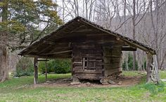 Walker Sisters Place | Smoky Mountains corncrib built in 1870s © William Britten use with ...