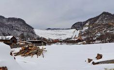 Ruperea barajului Siriu. Noi amănunte privind o posibilă catastrofă pe Valea Buzăului Snow, Outdoor, Outdoors, Outdoor Games, The Great Outdoors, Eyes, Let It Snow