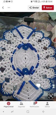 41 Ideas Crochet Table Runner Christmas Doily Patterns For 2019 Crochet Baby Booties Tutorial, Crochet Baby Socks, Crochet Scarf Easy, Crochet Hat For Women, Crochet Headband Pattern, Baby Afghan Crochet, Crochet Top, Doily Patterns, Crochet Patterns