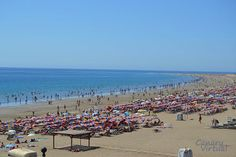 Playa del Ingles, Gran Canaria Still 28C here as temperatures plunge elsewhere