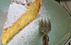 Torta di mandorle e crema al limone senza latte