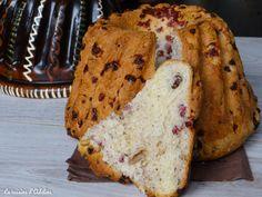 Une recette facile du célèbre kougelhopf salé aux lardons et noix. Vous allez adorer cette recette Alsacienne savoureuse à picorer à l'apéro.