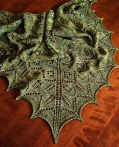 Free Pattern: Ashton Shawlette by Dee O'Keefe