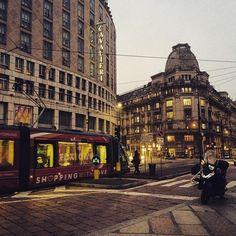 #piazzamissori #milano #milano2015 #milanocity #milanodavedere #milanocityofficial #whywelovemilano #instamilano #ig_milano #igersmilano #ig_italia #igersitalia #visitmilano #instagood #instamood #instadaily #iphonesia #tram #buildings #scooter #sunset #city by barbara_vellucci