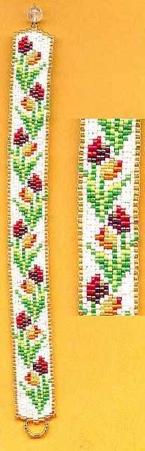 Tulips - pretty peyote stitch pattern.
