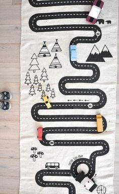 Kids love playing with this play mat for cars. Perfect as a rug in a playroom or kid's bedroom! Casa Kids, Deco Kids, Toddler Rooms, Kid Spaces, Kids Decor, Carpet Runner, Boy Room, Diy For Kids, Kids Playing