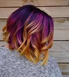 The ombre hair trend has been seducing for some seasons now. More discreet than tie and dye, less classic than sweeping, this new technique of hair. Beautiful Hair Color, Cool Hair Color, Purple Hair, Ombre Hair, Purple Yellow, Creative Hair Color, Hype Hair, Hair Dye Colors, Crazy Hair