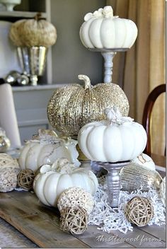 27 Gorgeous Thanksgiving Tablescapes  Gold Glitter and White Pumpkin Table Decor
