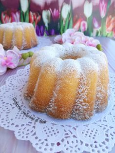 ciambella alla panna montata Ricotta, Daily Meals, Fun Desserts, Doughnut, Food Inspiration, Deserts, Food And Drink, Sweets, Pasta