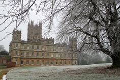 Downton-Abbey-sxh-1373338_71055904-x2.jpg (940×626)