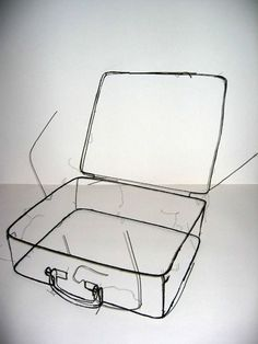 mianoti:Fritz Panzer Koffer (suitcase) *  wire sculpture; would make a nice drawing.