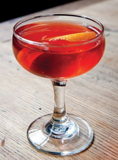 Maria McClaire: Irish Whiskey, Fonseca Siroco White Port, Campari, Peychaud's Bitters.