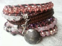 """Rosa"" (has a new owner)  Met facet geslepen kristal & Kwartz.  Past 5 á 6 keer om de pols.   Wrap it 5 or 6 times around. Finished this on the 30th of December.   Ben je geïnteresseerd stuur een berichtje. #Boho #Bohemian #Caarroos #Bracelets #Jewelry #Gipsy #Armband."