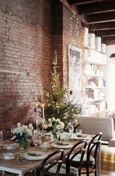 tablecloth wrapped around table. home design. modern loft living. industrial. rustic. holidays. christmas.