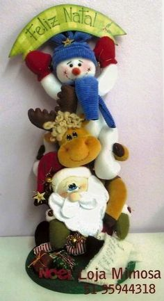 You do things… Christmas Sewing, Christmas Baby, Felt Christmas Decorations, Christmas Ornaments, Felt Crafts Patterns, Holiday Crafts, Holiday Decor, Pinterest Projects, Diy Pinterest
