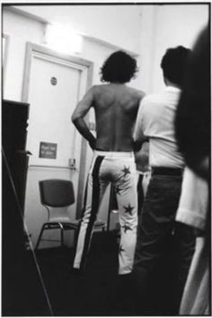 Michael Hutchence. as gorgeous from the back as from the front.