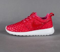 """great fit 6c85d b345a Trendy Women s Sneakers 2017  2018   Nike Roshe Run GS """"Triangles"""""""