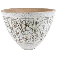 large clyde burt bowl, us Ceramic Tableware, Ceramic Decor, Ceramic Clay, Ceramic Bowls, Pottery Bowls, Ceramic Pottery, Pottery Art, Vintage Pottery, Vintage Ceramic
