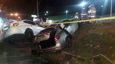 (Fotos y video) Aparatoso accidente esta noche en Alajuelita