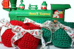 Red and Green Holly and Bows Baby Booties  Christmas Baby