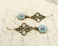 Mint Green Earrings, Green Earrings, Antique Gold Earrings, Flower Earrings, Czech Glass Beads,Long Earrings, Womens Earrings, Gifts for Her