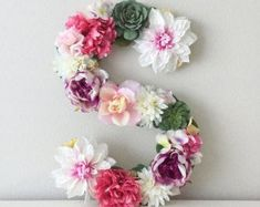 New Baby Nursery Floral Flower Letters Ideas Faux Flowers, Large Flowers, Floral Flowers, Paper Flowers, Floral Wreath, Flower Letters, Flower Wall, Girl Nursery, Nursery Decor