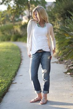California casual:  soft neutrals + boyfriend jeans + statement necklace.