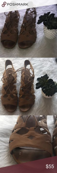 FRANCO SARTO tan beige gladiator lace up sandals FRANCO SARTO tan beige gladiator lace up sandals Franco Sarto Shoes Sandals