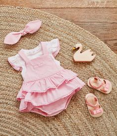 What a perfect baby girl gift 🎁 from Newborn Girl Outfits, Cute Baby Girl Outfits, Cute Baby Clothes, Baby Girl Newborn, Kids Outfits, Toddler Girl Dresses, Baby Girl Fashion, Kids Fashion, Baby Shirts