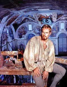 """Charlton Heston dans l'extraordinaire rôle de Michelangelo dans """"L'extase et l'agonie"""" 1965."""